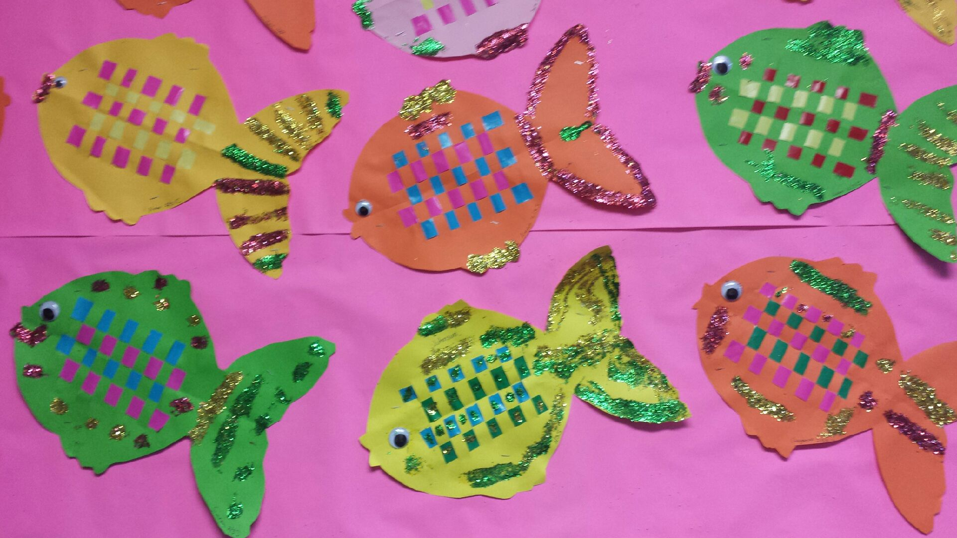 /uploaded_files/media/gallery/1565759890glitter fish.jpg